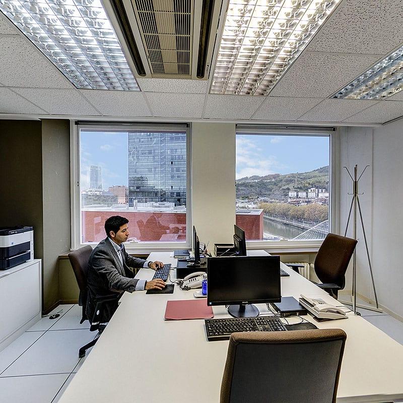Alquiler de oficinas equipadas en bilbao spankor centro - Oficinas en bilbao ...